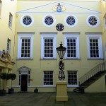 apothecaries hall courtyard