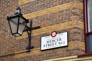 Mercer's Maiden, Mercer Street sign